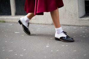 Обувь с носками