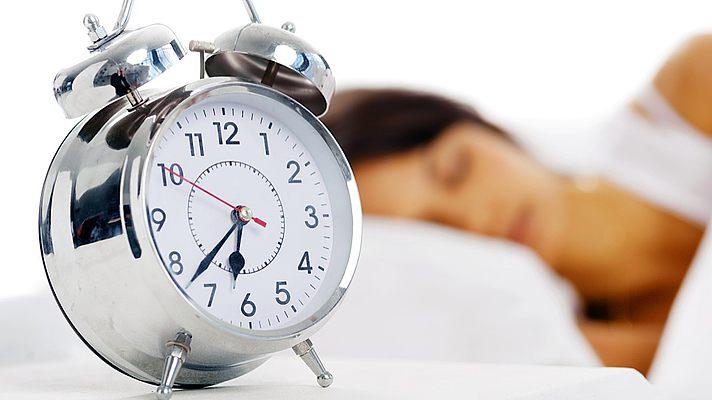 Не нарушайте режим дня, спите не меньше 8 часов
