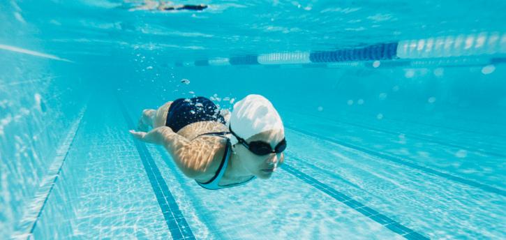 Приобретите абонемент в бассейн