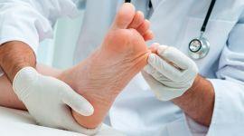 Почему сахарный диабет приводит к ампутации пальца ноги и можно ли избежать операцию