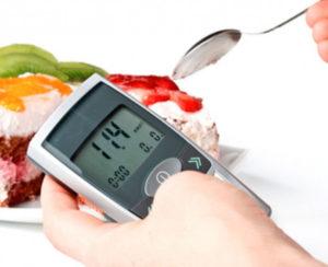Проверять уровень глюкозы