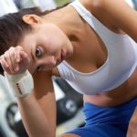 При физических тренировках и тяжелом труде