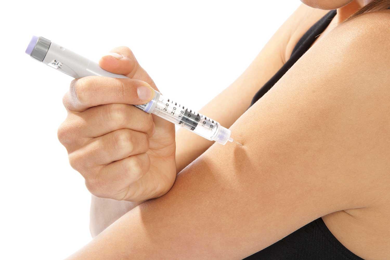 Уколы инсулином