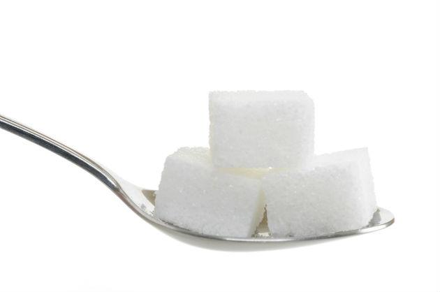 Подходит кубик сахара